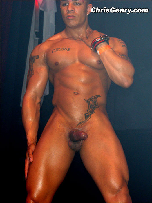 Hot Naked Muscular Latin Guys - Menhunters-7182